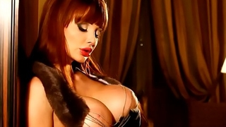Aletta ocean teases with killer figure