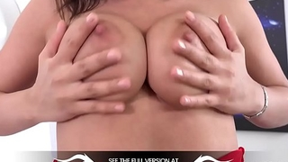 Wetandpuffy - Chanel Lux - Bloated Pussy