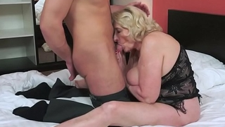 Fat euro grandma pounded nearly missionary