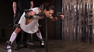 Hot slave screams in device bondage