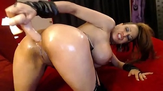 Dirty camgirl fucks her ass and then her pussy until she squirts