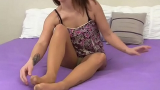 I will make you cum all over my pantyhose JOI